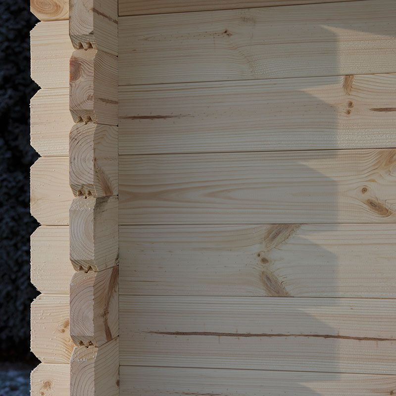 log cabin cladding intersection close up