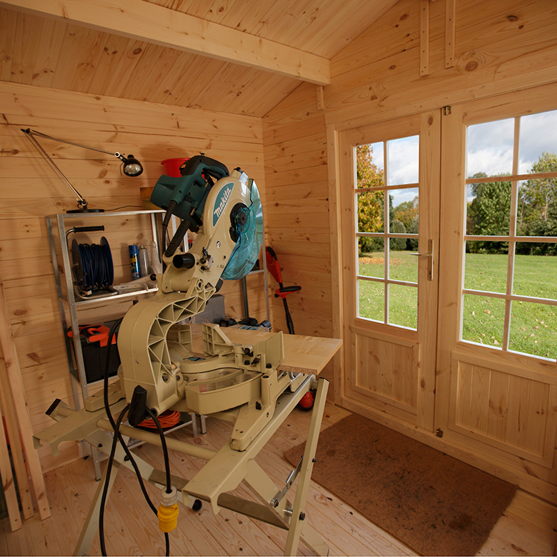 Tool space for log cabin